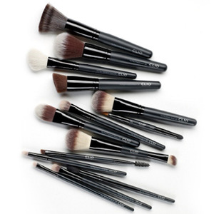 CLIO Pro Play Brush